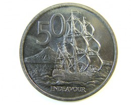 UNC  NEW ZEALAND  50 CENTS  COIN 1969    J 165