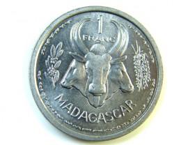 UNC 1958 MADAGASCAR COIN      J 194