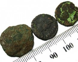 PARCEL OF ANCIENT COINS  T 44