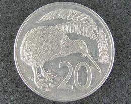 NEW ZEALAND 1982 20 CENTS KIWI                 T 472