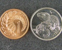 UNCIRCULATED NEW ZEALAND 1975 1 CENT & 5 CENTS T 481