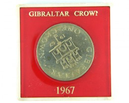 COMMEMORATIVE CROWN LOT 1, GIBRALTAR CROWN 1967 COIN T561