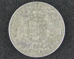 AUSTRALIA LOT 1, 1952 FLORIN COIN T747