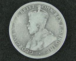 AUSTRALIA LOT 1, FLORIN 1946 COIN  500  SILVER  T767