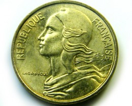 FRANCE  COIN  1975  5CENT   J 460