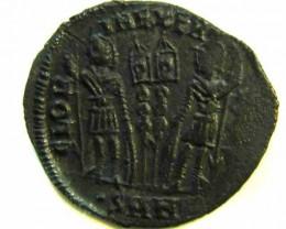 ANCIENT ROMAN  BRONZE FOLLE GLORIA EXERCITVS  COIN  AC 552