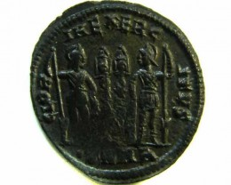 ANCIENT ROMAN  BRONZE FOLLE GLORIA EXERCITVS  COIN  AC 553
