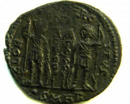 ANCIENT ROMAN  BRONZE FOLLE GLORIA EXERCITVS  COIN  AC 560