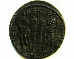 ANCIENT ROMAN  BRONZE FOLLE GLORIA EXERCITVS  COIN  AC 561