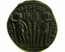 ANCIENT ROMAN  BRONZE FOLLE GLORIA EXERCITVS  COIN  AC 562