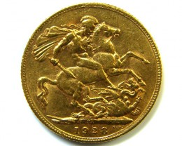 GOLD SOVERIGN  PETORIA MINT 1928 HIGH GRADE COIN  C05