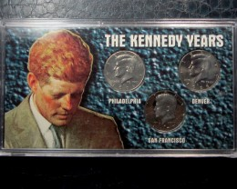 1964 CASE  HALF DOLLAR KENNEDY YEARS SILVER COINS CO1618