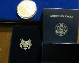 2013 Silver American Eagle & Display/Storage Eagle Box