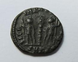 ANCIENT ROMAN  BRONZE  COIN  DISPLAY AC 801