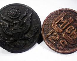 Pair WW11 US Buttons inc Michigan    AGR1357
