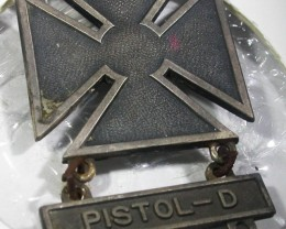 WW11 Pistol Gun badge   AGR1368