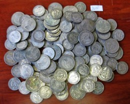 One Kilo  POST1946 silver coins Co2075