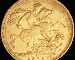 S 1901 Full Gold Sovereign  veiled VICTORIA CO2313