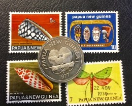 PAPUA NEW GUINEA COIN L1, UNC 1977 20T COIN PLUS STAMPS T1066