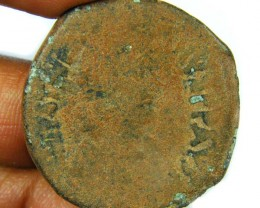 LARGE BRONZE FOLLIS JBYZANTINE COIN    AC754