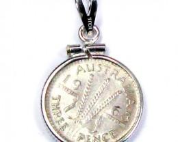 GENUINE AUSTRALIAN THREEPENCE 1963 50% SILVER J1675