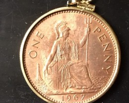 GENUINE 1967 BRITISH ONE PENNY COIN PENDANT  J1681