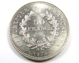 UNC  LARGE 1976 50 FRANCS  .900 SILVER COIN CO980