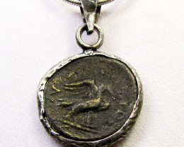 ANCIENT ROMAN  BYZANTINE  COIN IN  PENDANT CO 1133