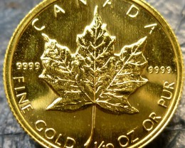 1982 1/10th  gold  canadian maple coin  CO1459
