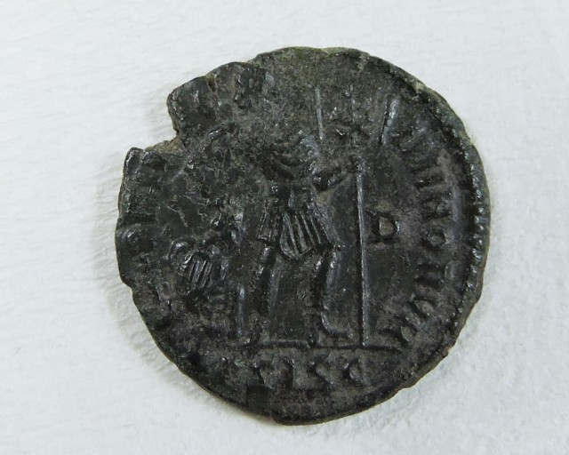 ANCIENT ROMAN BRONZE COIN