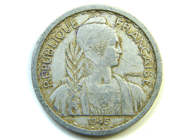 10 CENT FRANCE 1945  J 275