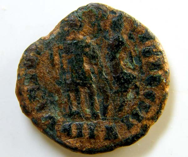 ROMAN PROVINCIAL COIN   ARCADIUS    CODE  AC 52