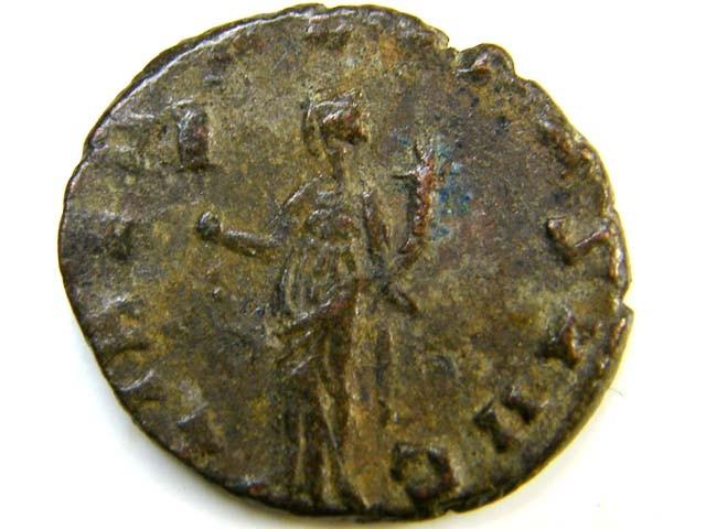 bronze antoniniani of Claudius II (268-270 A  D)     AC 163