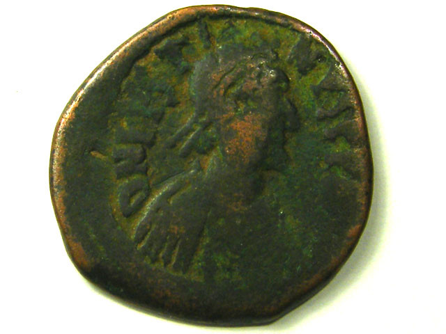 ANCIENT BYZANTINE L1, JUSTIN I BRONZE FOLLIS AC286