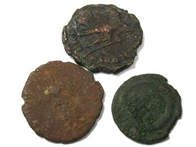 PARCEL OF ANCIENT COINS  T 60