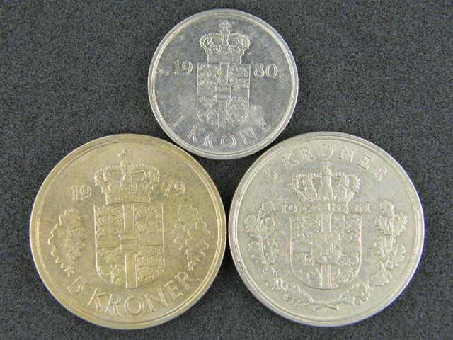 DANMARK LOT 3 ,1 KRONE, 2 X FIVE KRONER 1961-1980 COINS T530