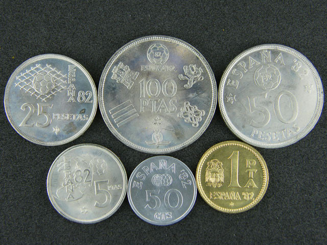 SIX PIECE SPANISH UNC MINTSET 1980  T 357