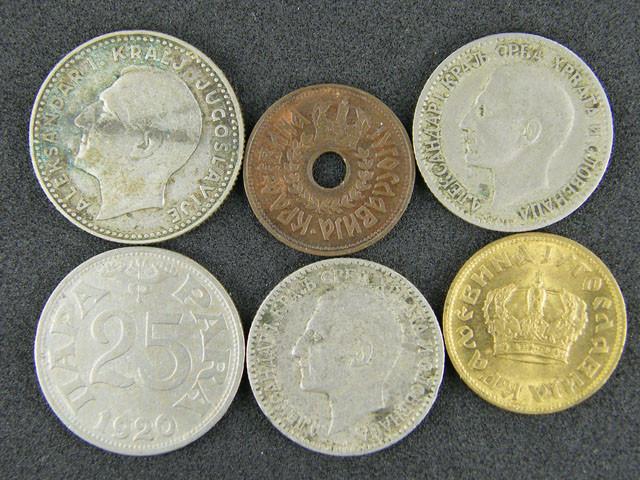SIX  YUGOSLAVIAN COINS 1920-1931   T 355