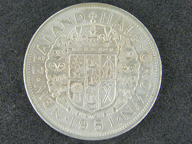 New Zealand 1951 Half Crown (EF)(A)                   T 45