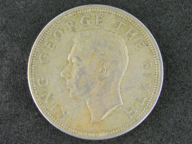 NEW ZEALAND HALF CROWN     1950                    T 461