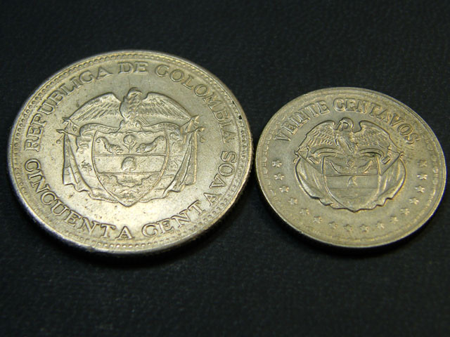 COLOMBIA LOT 2, SEVEN CENT 1959, NINE CENT 1956 COIN T609