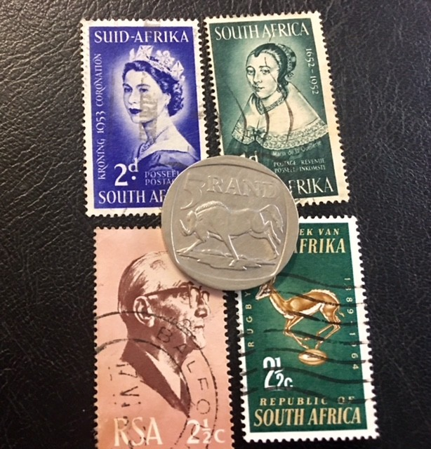 SOUTH AFRICA  5 RAND SILVER 2000,  COIN plus stamps  T 821