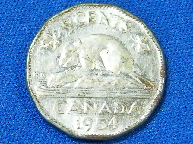 CANADA L1, 1954 FIVE CENT COIN T900