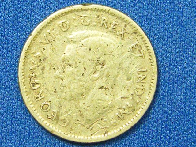 CANADA COIN L1, 1947 TEN CENT COIN T1080
