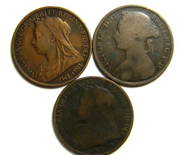 PARCEL THREE ONE PENNY COINS   OP 416