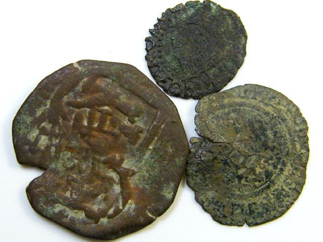 Parcel  3 Maravedis Cob 17-18 thCent  Philip II, III, IV AC433