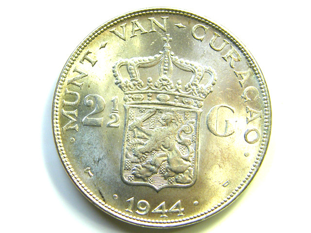 UNC DUTCH CURACAO 2 1/2 G SILVER 1944  COIN   J 386
