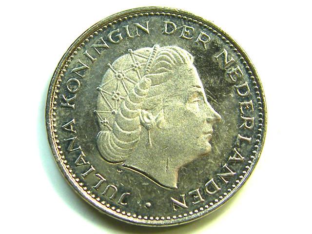 2 1/2 G HOLAND 1980 COIN J 388