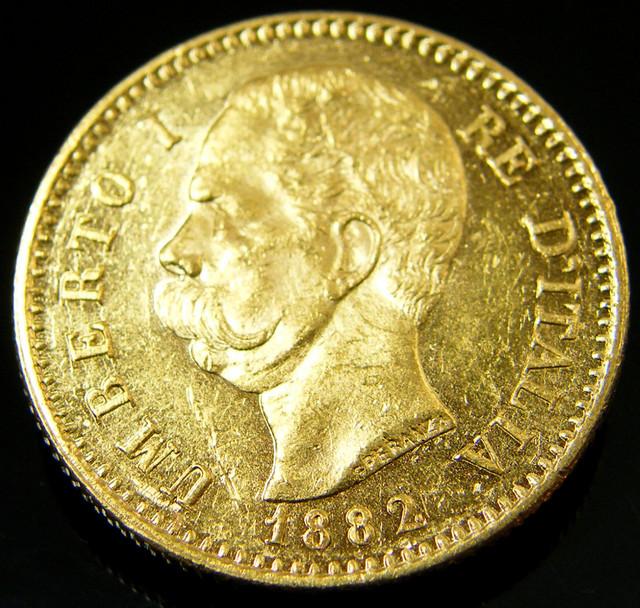 gold coins como italy