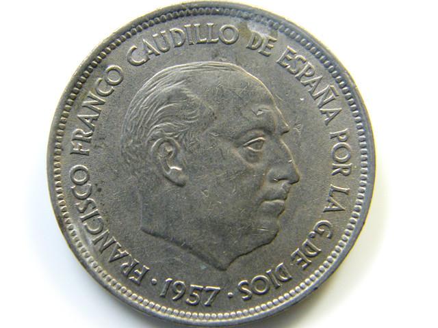 25 PTAS SPAIN  1957 COIN   J 419